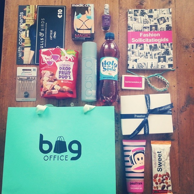 fashion bloggers clinic goodiebag
